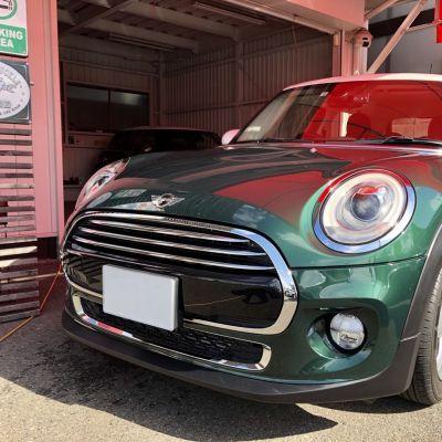 ミニ 5ドアクーパー【ブリティッシュレーシンググリーン×ホワイトルーフ】ご納車